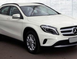 Mercedes GLA blanc vue avant