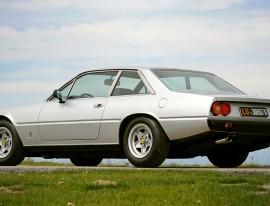 ferrari 400 GT grise
